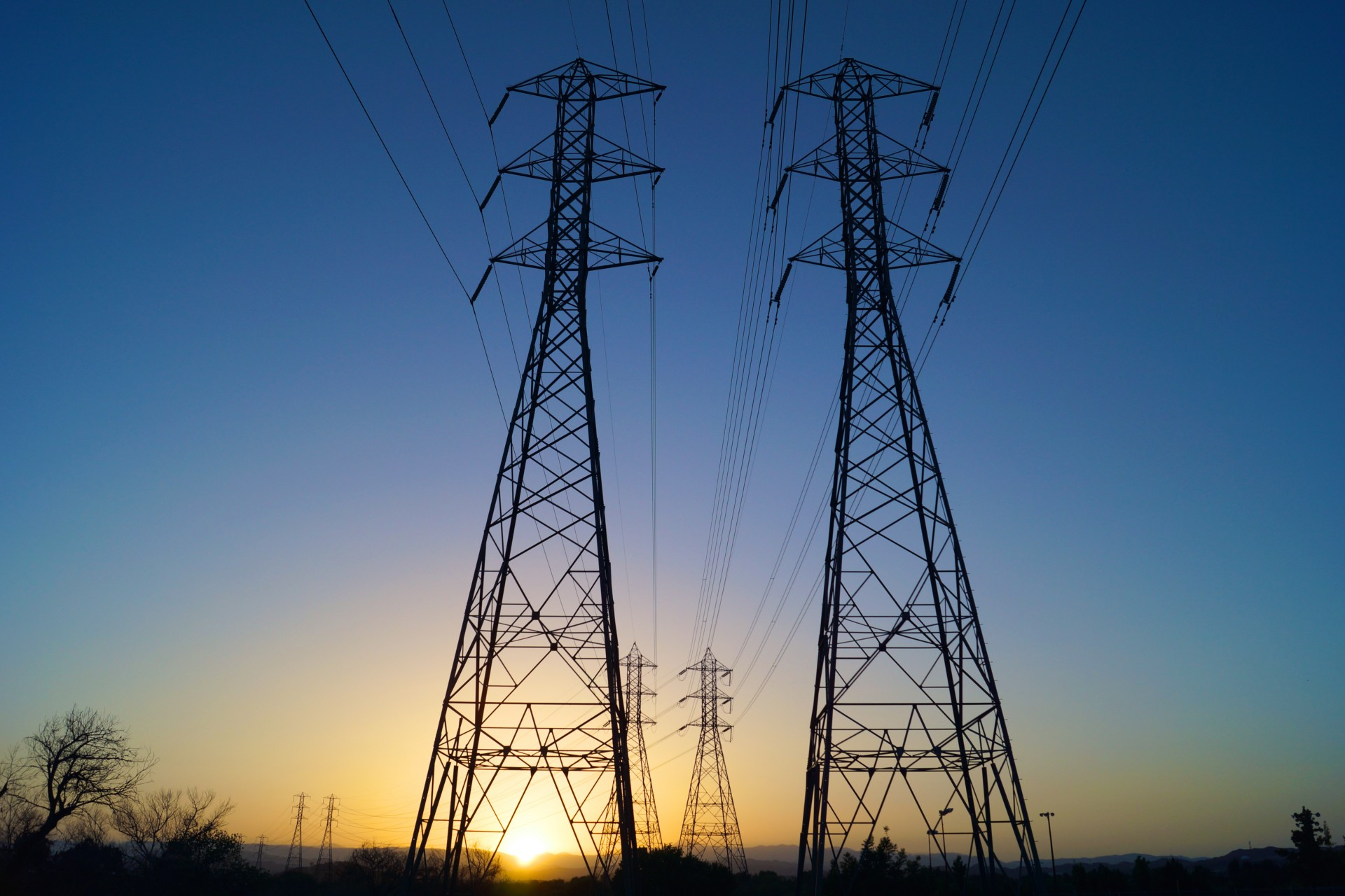 Case study: Lack of flexibility in European electrical systems leads to deteriorated grid management