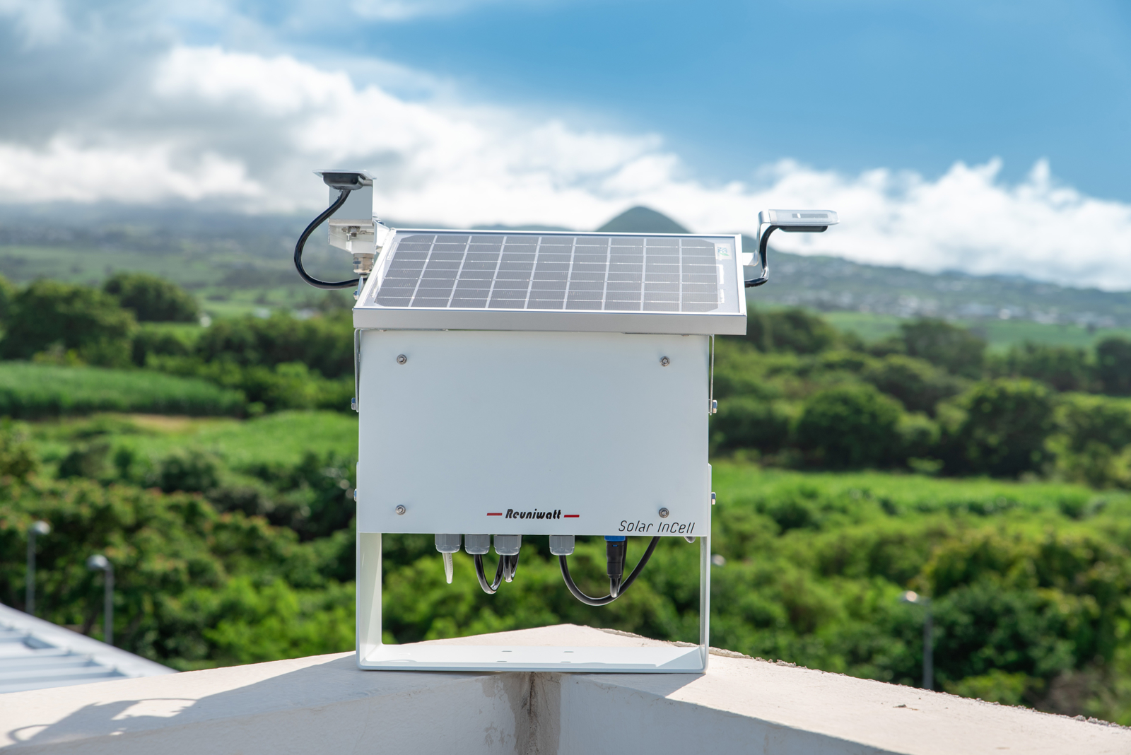 Improve your irradiance measurements with Solar InCell™