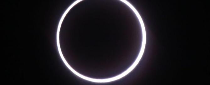 éclipse réseau électrique